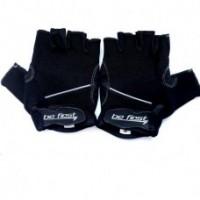 Перчатки черные с горизонтальной светлой полосой